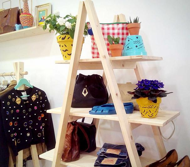 Decoracion Vintage Para Tienda De Ropa ~   Tienda de ropa y moda vintage y segunda mano en el centro de Barcelona