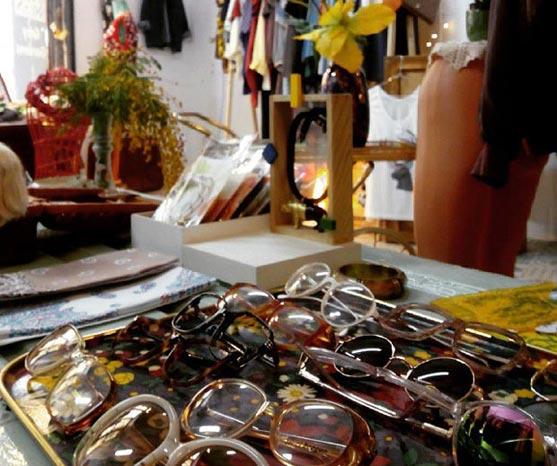 En Grey Gardens Shop encontraras moda de chica y de chico, vestidos, faldas, tops, gafas, bolsos, bañadores, camisas y camisetas a precios muy asequibles #zaragoza