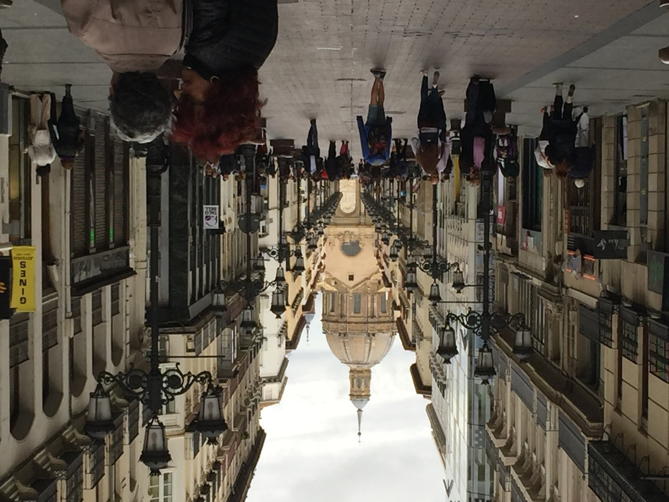 A contracorriente: Un paseo de sábado por Zaragoza