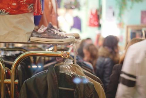 Convocatoria de participación para la I Noche de las Tiendas Creativas en Las Fuentes