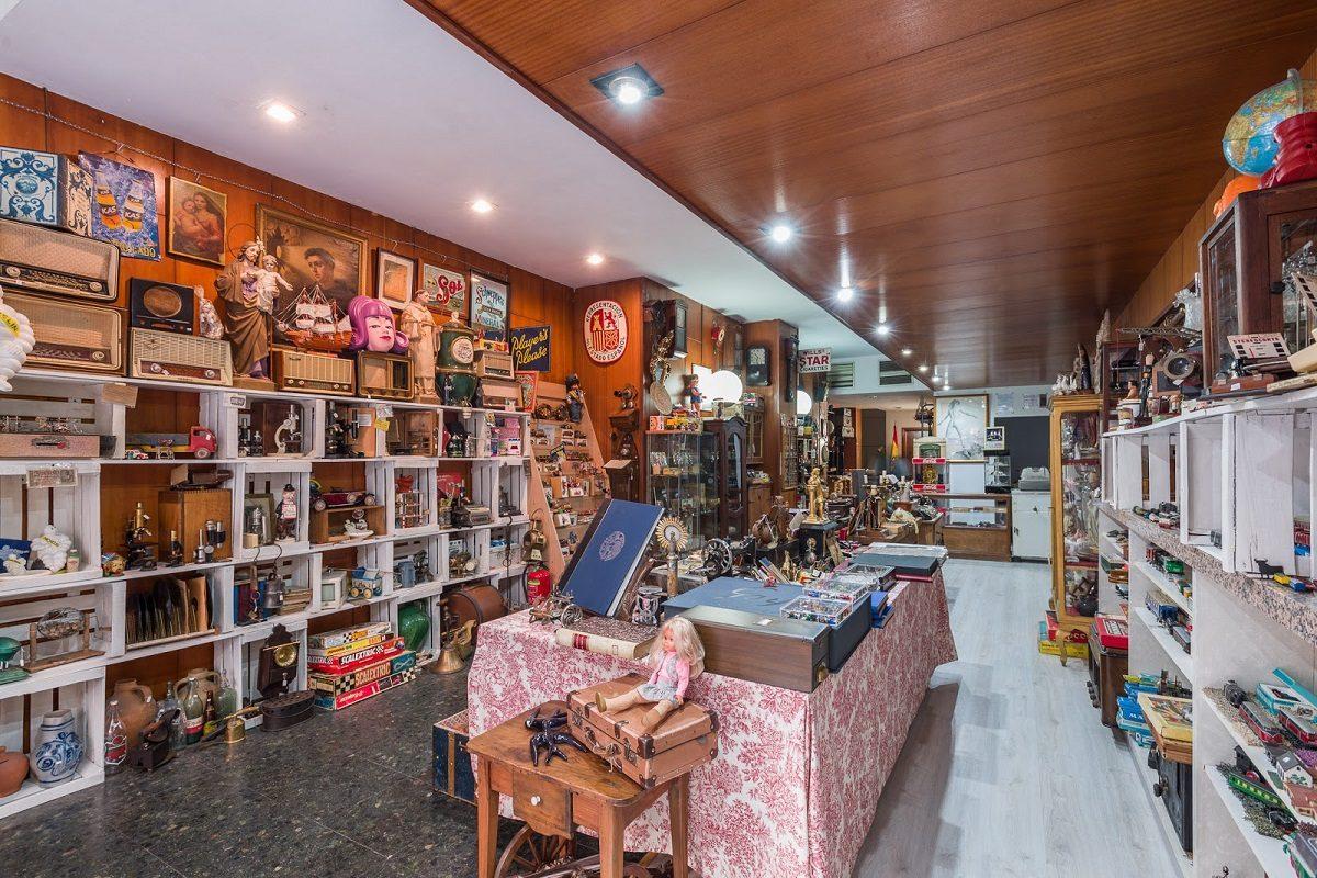 Retrocolección, una ecléctica tienda de antigüedades diferente