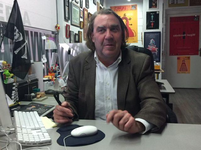 Esteban Villarrocha, el maestro que se convirtió en titiritero