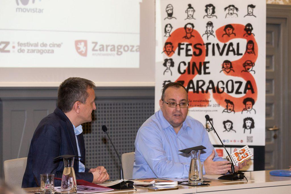José Luis Anchelergues (dcha.) y Fernando Rivarés, consejero municipal, en la presentación a los medios de la 23 edición del Festival de Cine de Zaragoza
