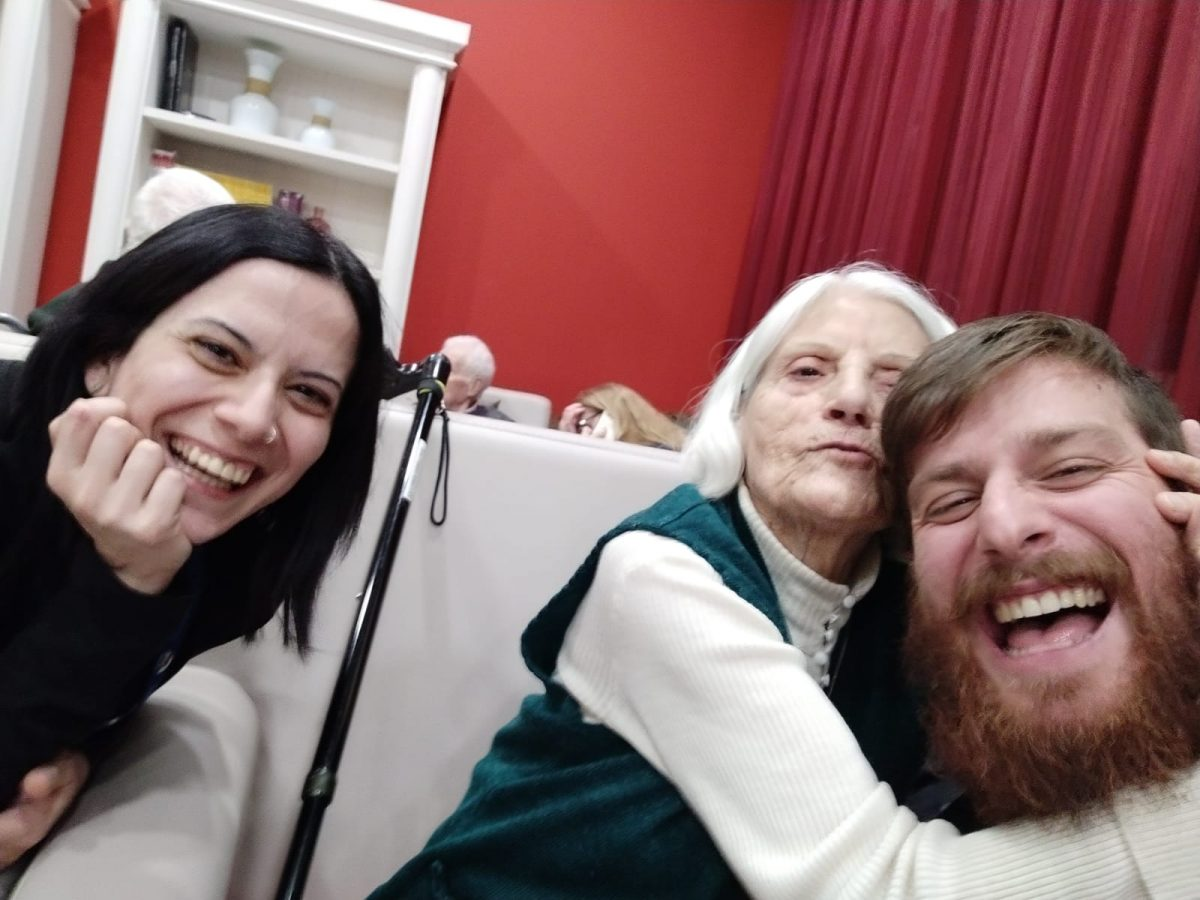 Adopta un abuelo en Zaragoza… pero ¿quién adopta a quién?