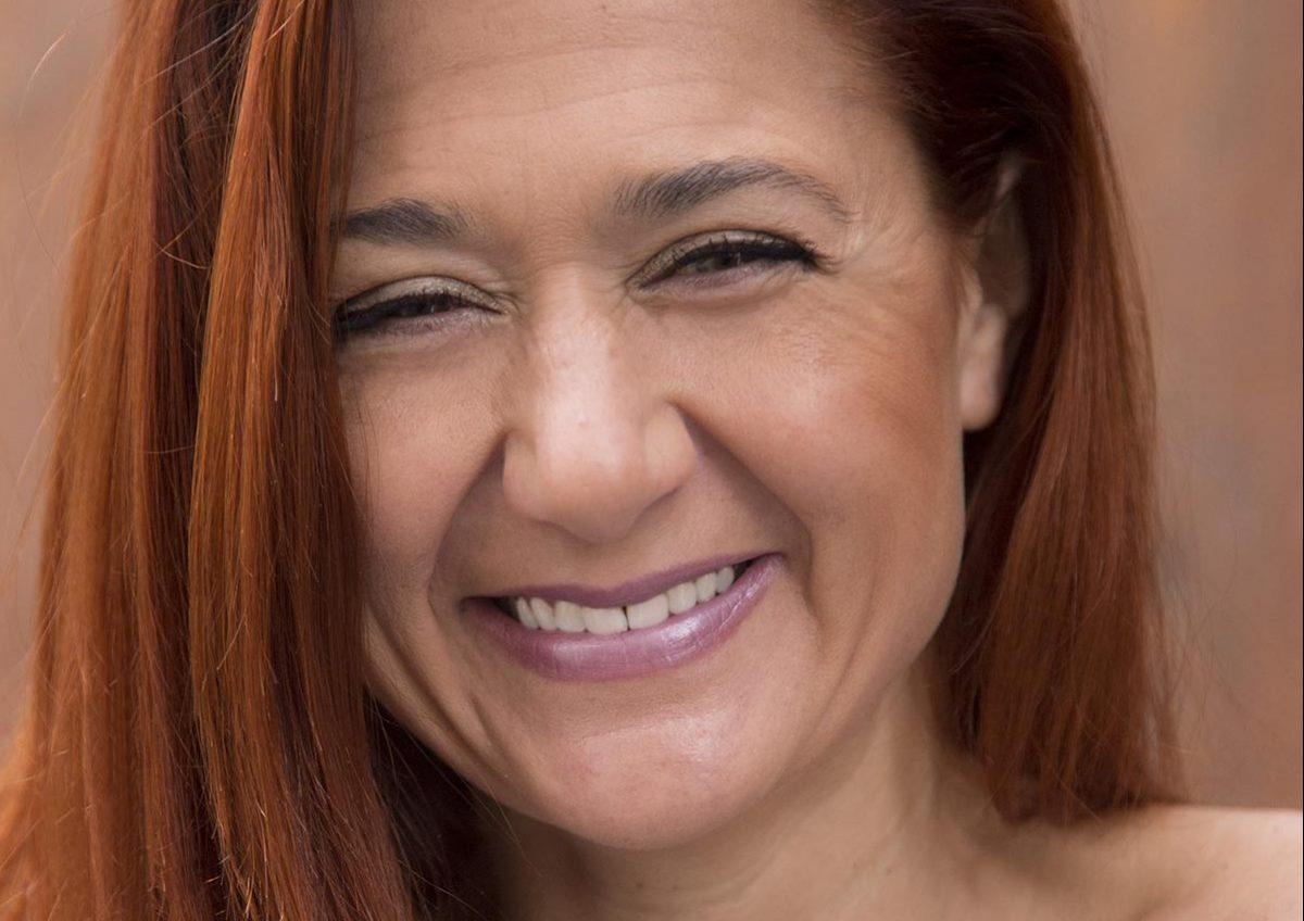 Entrevistas MIZ: Elisabeth G. Iborra, escritora y periodista con pasión