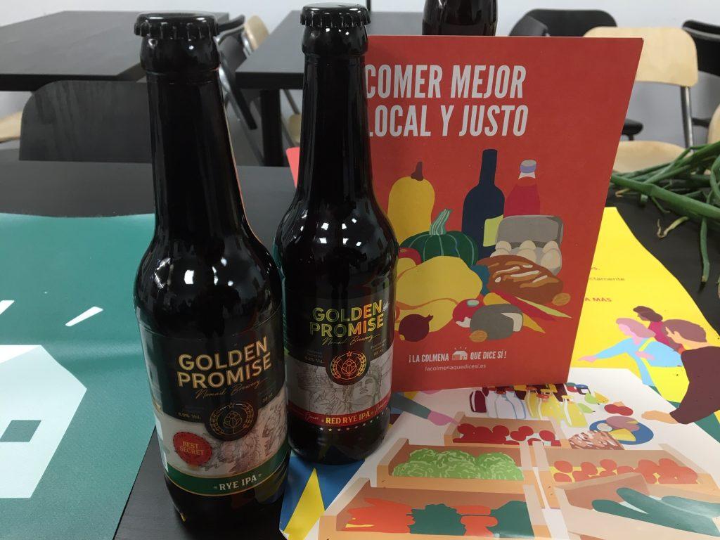 Dos botellines de cerveza artesana Golden Promises