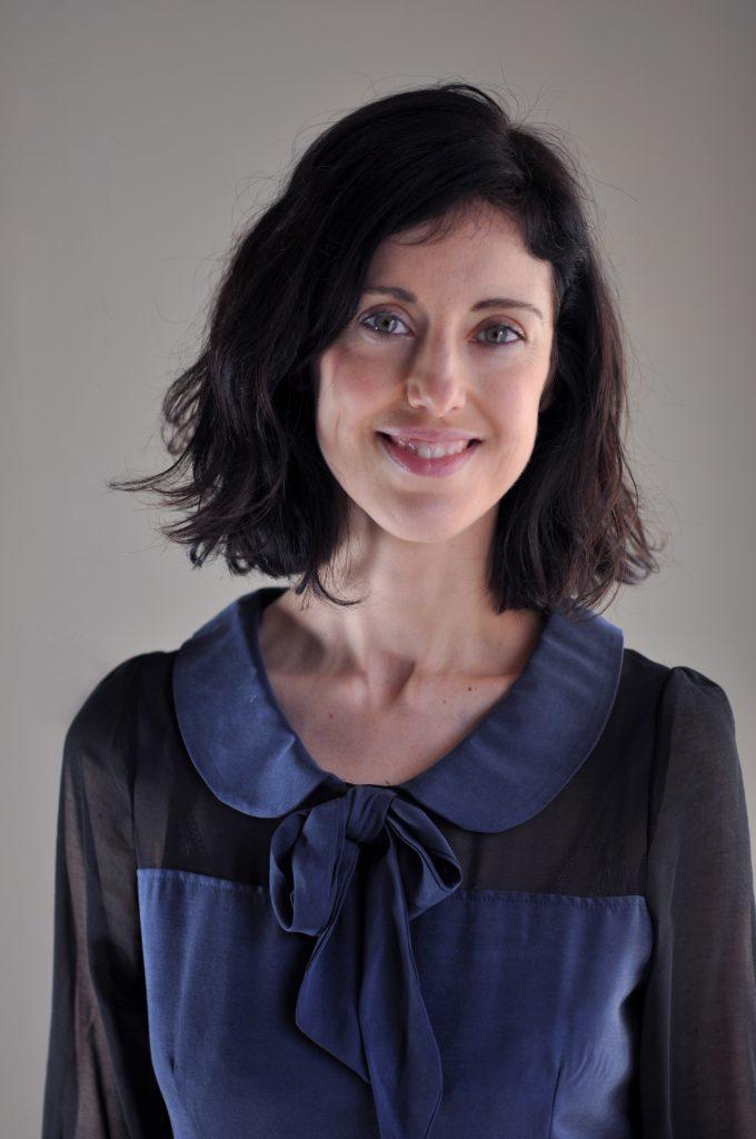 Irene Vallejo por Santiago Basallo