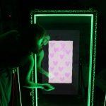 El fotógrafo artístico que triunfa con el espejo fotomatón