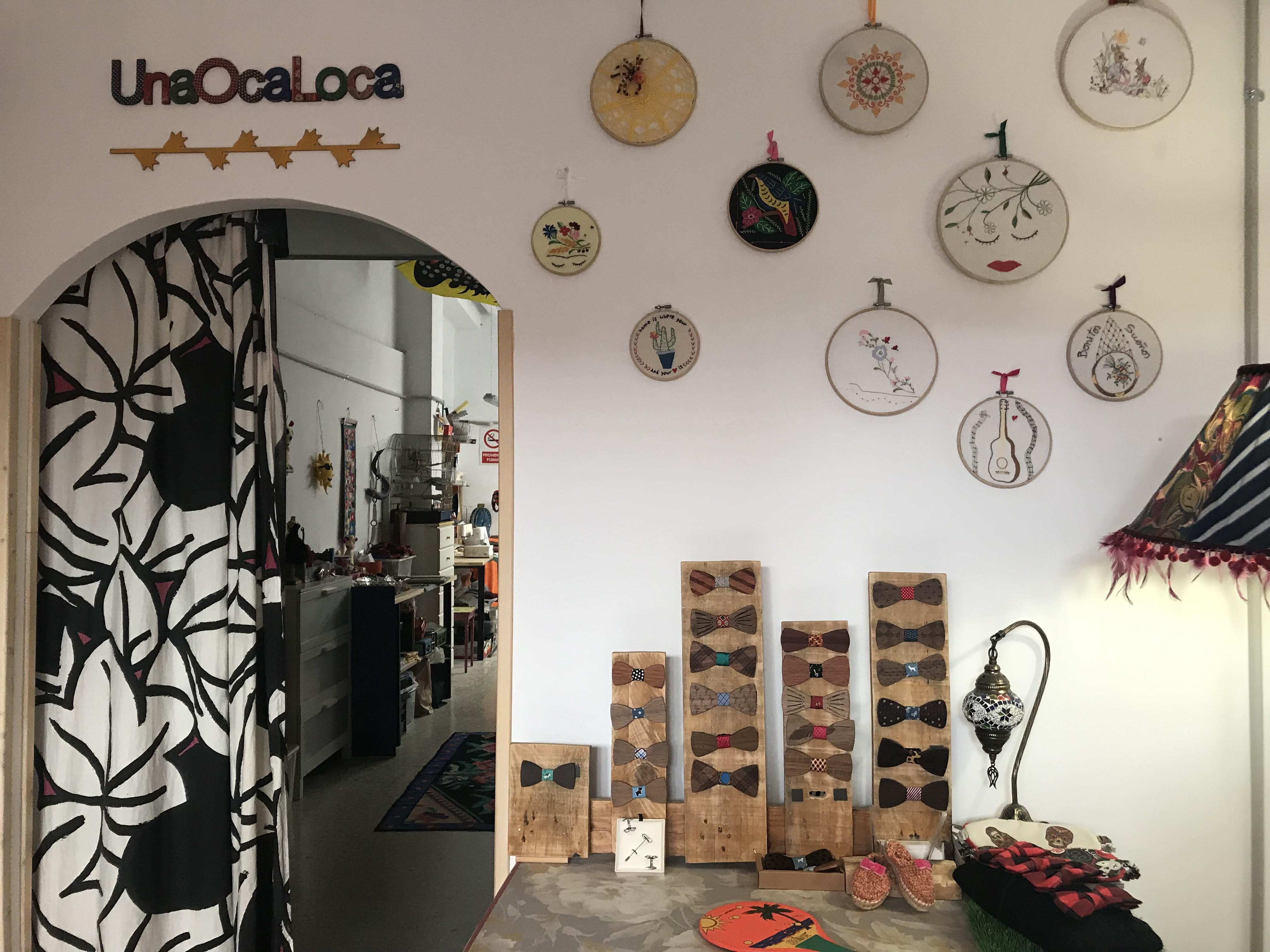 UnaOcaLoca - modista, costura creativa y upcycling - talleres y productos
