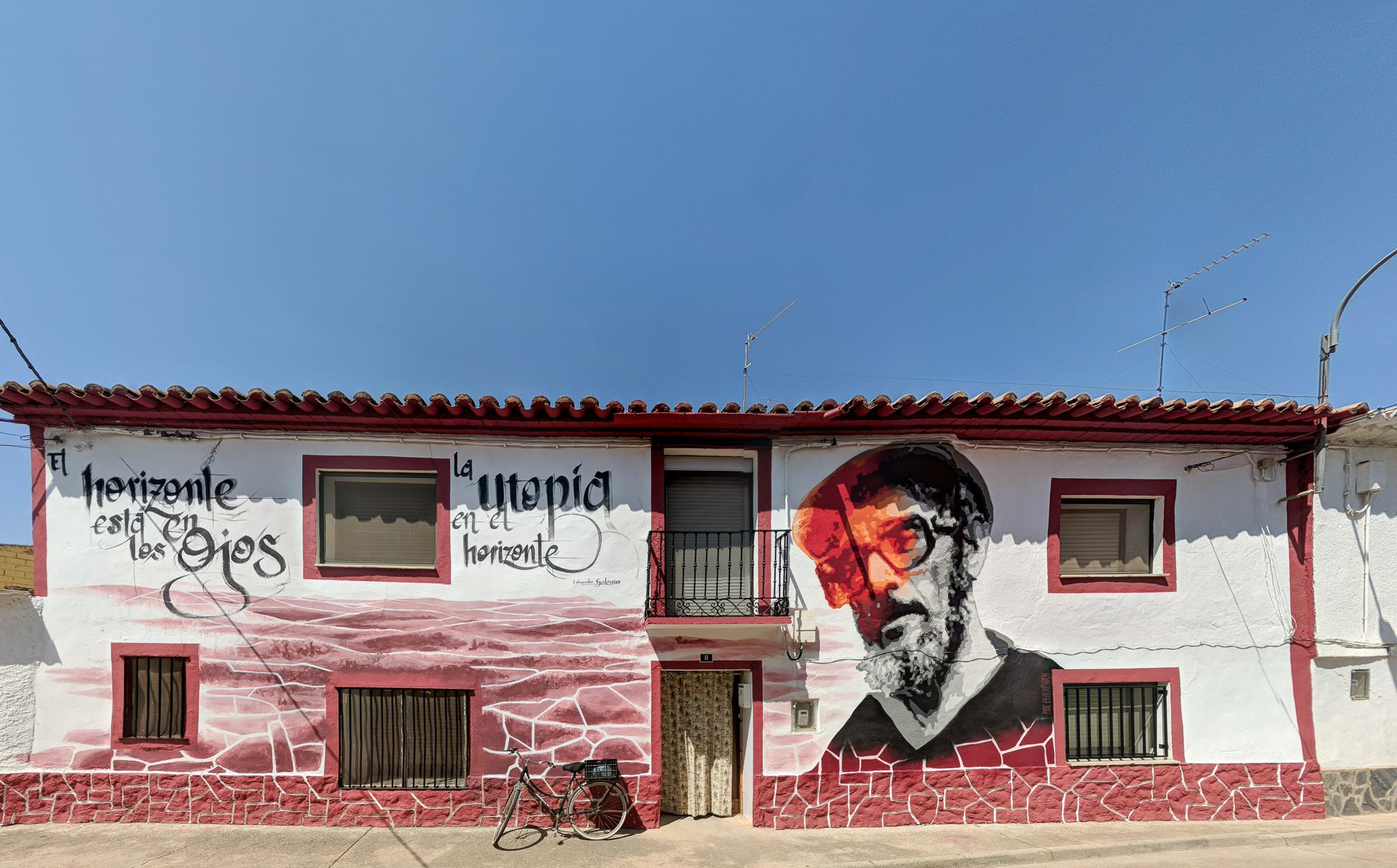 Excursiones creativas cerca de Zaragoza | arte urbano en Alfamen Festival Asalto