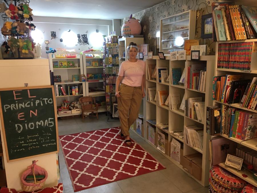 María Jesús Naya, en la librería Olé tus libros